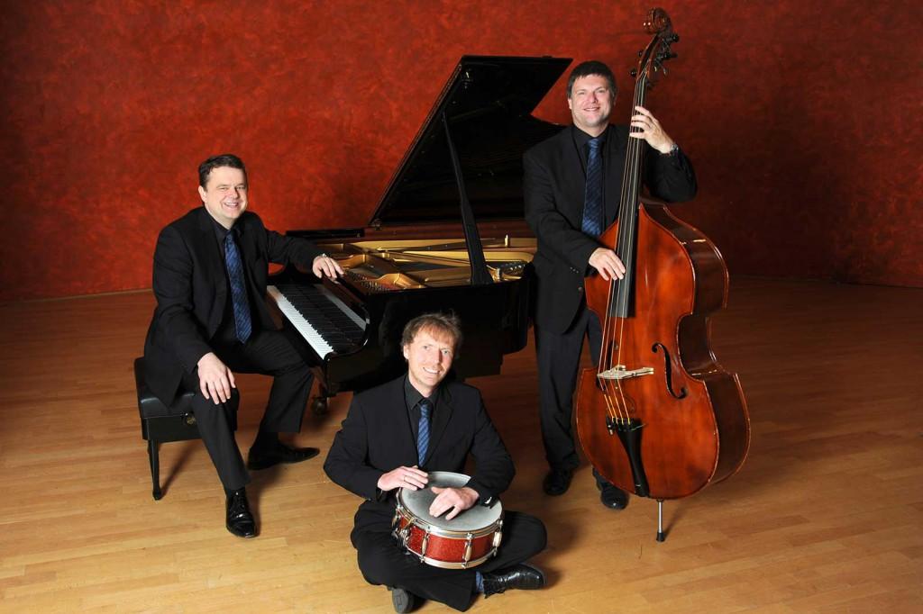 trio-fluegel-bass-schlagzeug